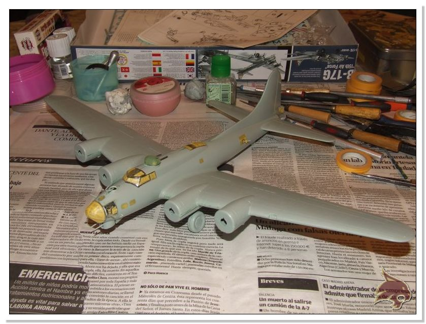Boeing B-17 G Flying Fortress, 486th Group Bomber 1944 - Academy 1/72 Pintura18