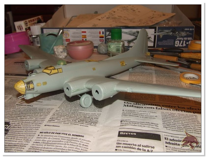 Boeing B-17 G Flying Fortress, 486th Group Bomber 1944 - Academy 1/72 Pintura19