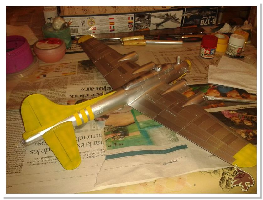 Boeing B-17 G Flying Fortress, 486th Group Bomber 1944 - Academy 1/72 Pintura23