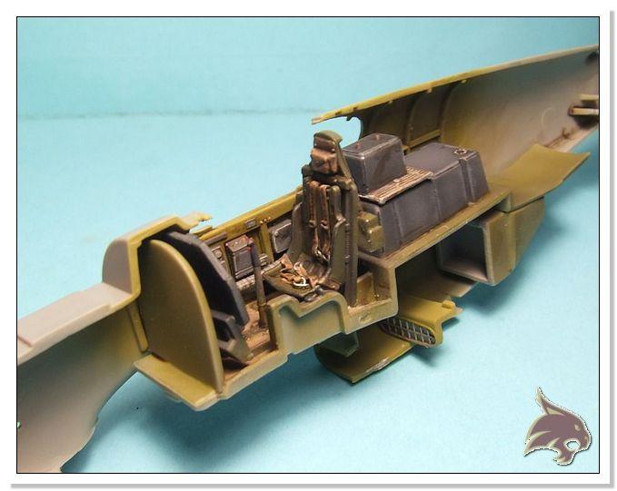 North American P-51 B - ICM 1/48 16