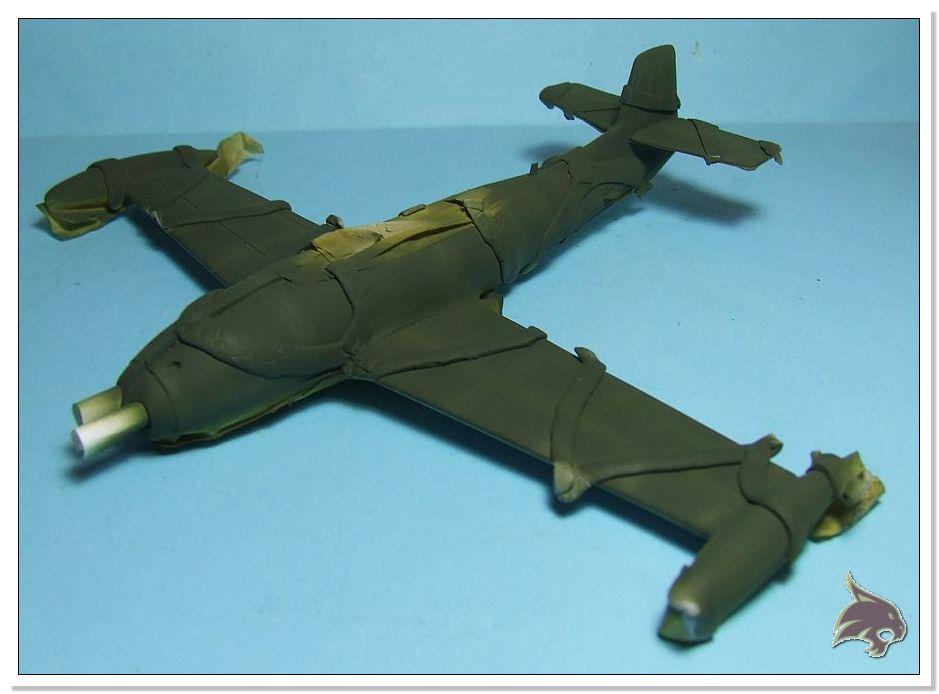 HA-220 Super Saeta - Special Hobby 1/72 25