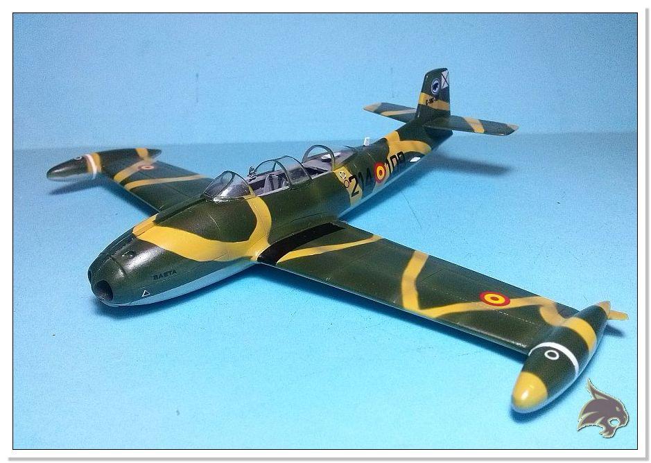 HA-220 Super Saeta - Special Hobby 1/72 33