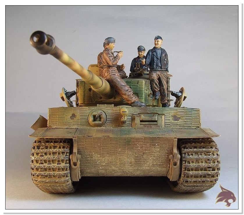 Tiger I Pkf VI Ausf.E Late Version - 4 figuras - Tamiya 1/35 04