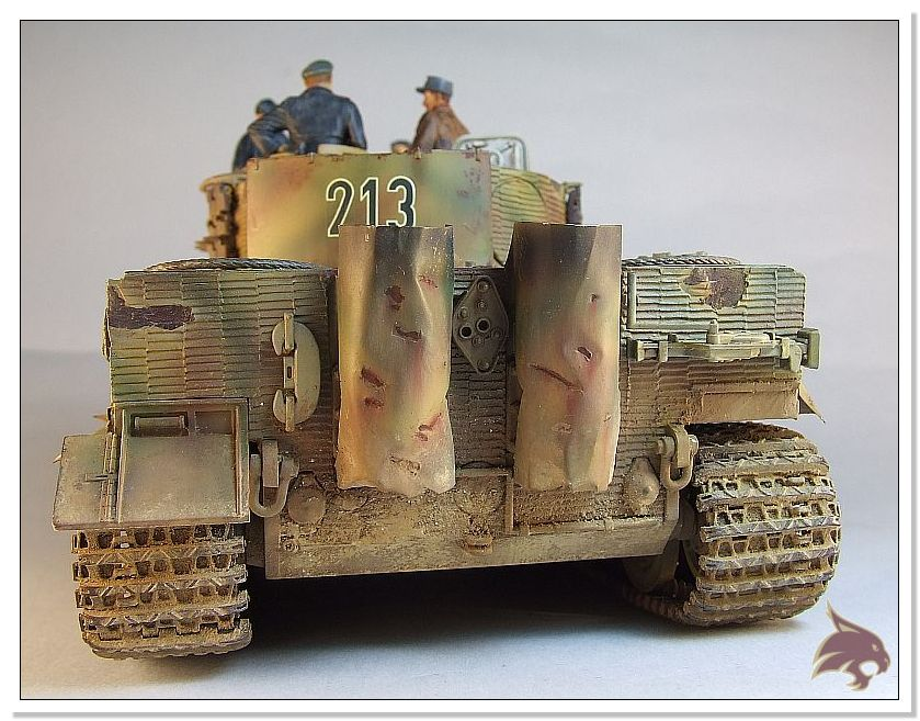 Tiger I Pkf VI Ausf.E Late Version - 4 figuras - Tamiya 1/35 08